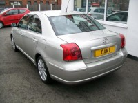 TOYOTA AVENSIS (T25) 1.8 2004